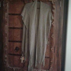 Tan chunky knit shawl scarf poncho ruana